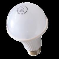 Лампа светодиодная SKAT LED-220 E27 (с аккумулятором)
